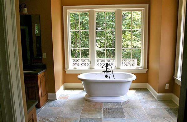 custom home master bathroom